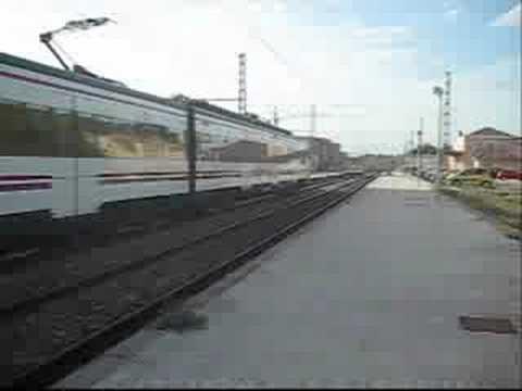 Estacion De Manuel L'enova / Station Manuel L'enova