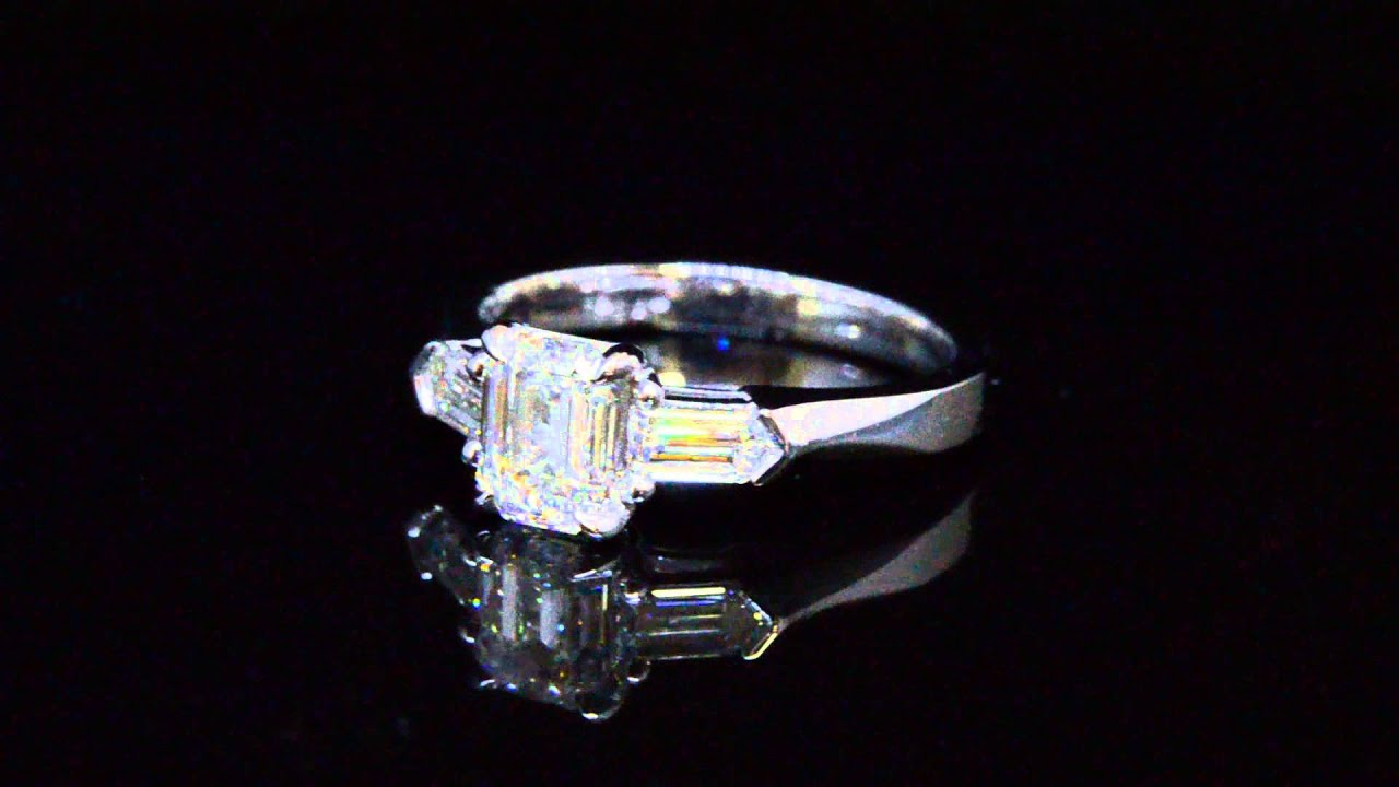 round ring rings custom diamond made brilliant side engagementring with engagement pin diamonds cut bullet