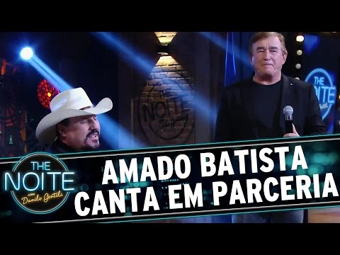 The Noite (09/05/16) - Amado Batista canta com parceiro no palco