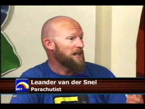 Sky (dive) TV Suriname interview m/ Herman Leander en Jan