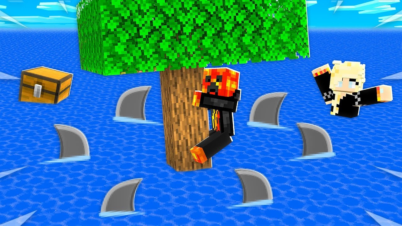 Minecraft BUT the Water Rises Every 10s! thumbnail