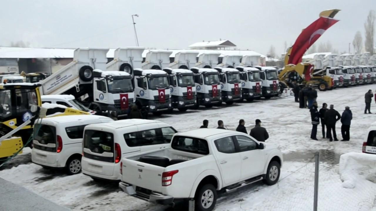 Erciş Belediyesi Yeni Araçlarını Törenle Hizmete Sundu