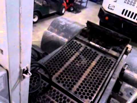 Quick tour of my work truck (Ottawa terminal tractor) - YouTube