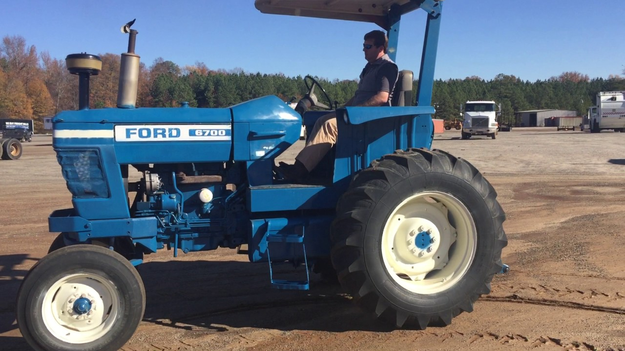 6700 Ford Tractor : Ford utility tractor youtube