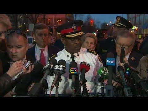 مقتل 10 أشخاص في حادثة دهس بتورنتو اعتبرتها الشرطة الكندية -متعمدة-  - نشر قبل 1 ساعة