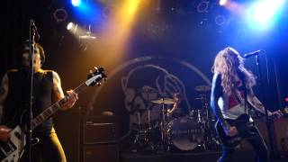 2015-02-17 Against Me (10)   T S R  And Walking Is Still Honest @ Vinyl