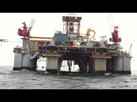 """The Amazing"" Rig Ocean Rover (HESS) - From Boat Normand Ivan"