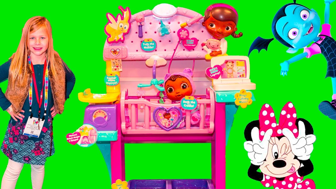 doc mcstuffins disney vampirina + barbie + minnie mouse kitchen