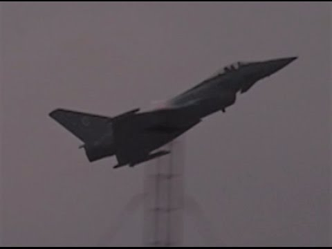 Classic RAF Typhoon F2 jet display – Archive 2006