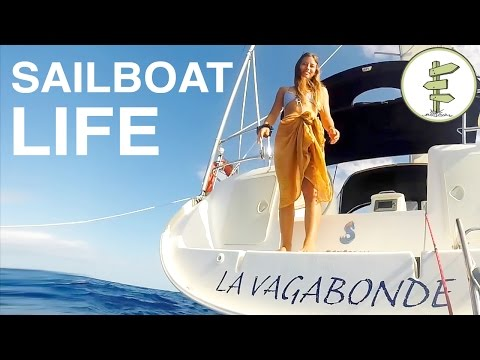 Australian Couple Living on a Sailboat & Traveling the World