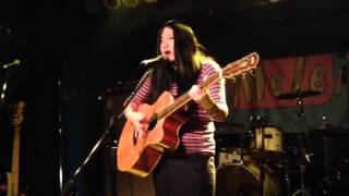 2014年2月6日、難波Meleにて行われた「Keep Lookin'」でのライブ.
