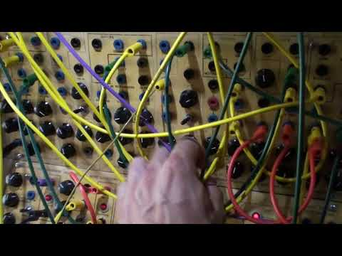 12 08 18 Serge Modular System - 303 style with VCFQ