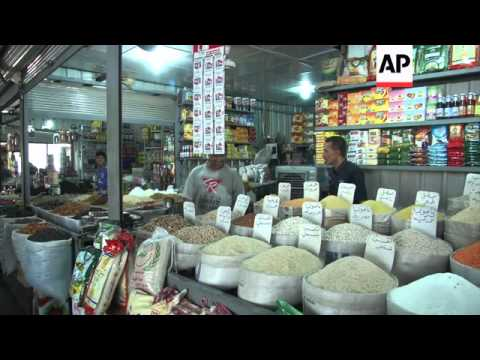 Shops empty in Baghdad, residents ponder advance of Sunni insurgents