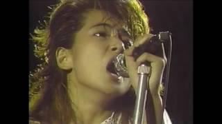1987年の映像です。 4thアルバム「Smalltown Girl」に収録。 作詞・作曲...