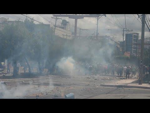 afpes: Manifestación opositora en Honduras termina en choques con la policía | AFP