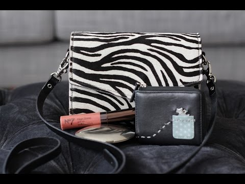 What I Can Fit In My Zatchels Micro Clutch | Bright Ducky