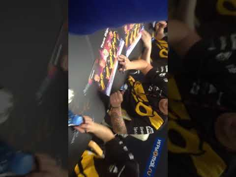 Epicenter Moscow 2016 Dignitas sign session