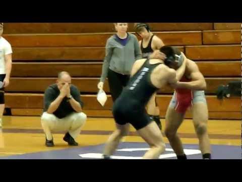 152lbs Zachary Boren (Alton High School Wrestling) vs Dylan (Collinsville)