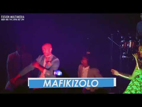 Mafikizolo performs Kucheza at BICC, Lilongwe ,Mw.