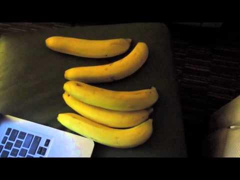RAW Fast Food Dinner! Bananas!!!!!!!!!!! www.jolitabtilliant.com