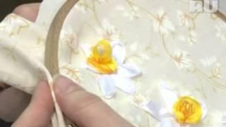 Нарцисс в профиль и его граммофончик