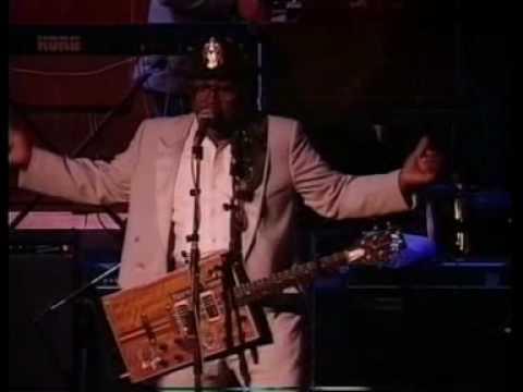 Клип Bo Diddley - I'm A Man (Live)