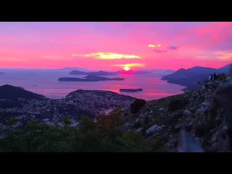 Sunset over Dubrovnik, Croatia timelapse