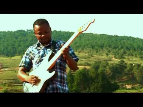 Dadah de Fort-Dauphin :: Malagasy manao fety