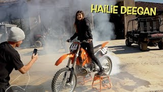 TEACHING MY SISTER HOW TO DO A BURNOUT ON A MOTORCYCLE!!!