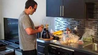 Vegetarian Smoothie Recipe & Kitchen Bloopers