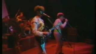 Split Enz - Live - History Never Repeats - Walking Through the Ruins (1982?)