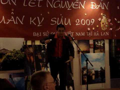 """Doc tau sao bai """"Ve que"""" (Tet Ky Suu 2009 @ Den Haag)"""