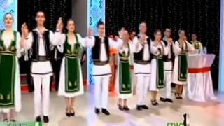 Ansamblu Aradeana din Arad la Petrecem romaneste ETNOTV 2014 YouTube