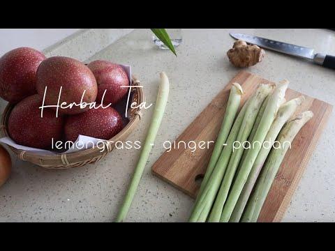 Healing Herbal Tea :  Lemongrass Ginger Pandan Tea .  Natural drink for digestion health.
