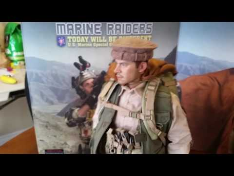MARINE RAIDERS 1/6 SCALE FIGURE FROM SOLDIER STORY  (NEW ).