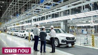 Vinfast đưa 155 ô tô Lux ra nước ngoài kiểm tra | VTC1