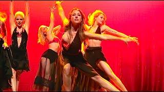 SEXY DANCE HAS WARDROBE MALFUNCTION!!! (345)
