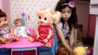 Berço das minhas bonecas (Cradle of my dolls)