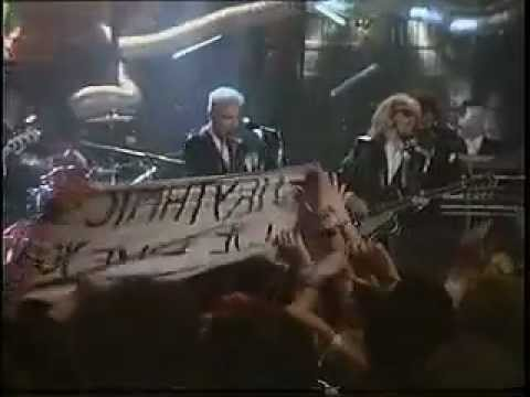 Thorn in my side  Eurythmics  1986