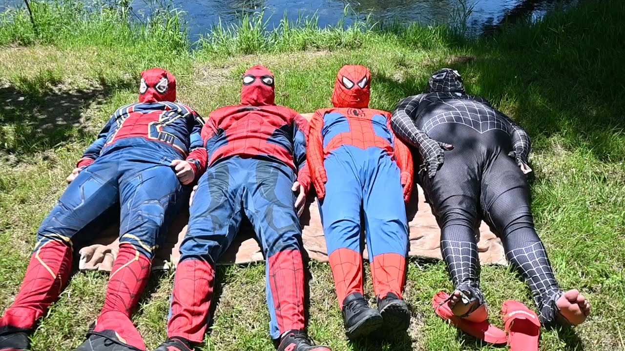 Team SPIDER-MAN's On a Picnic