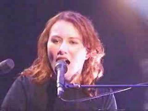 Tori Amos - spark Live(Jools Holland)