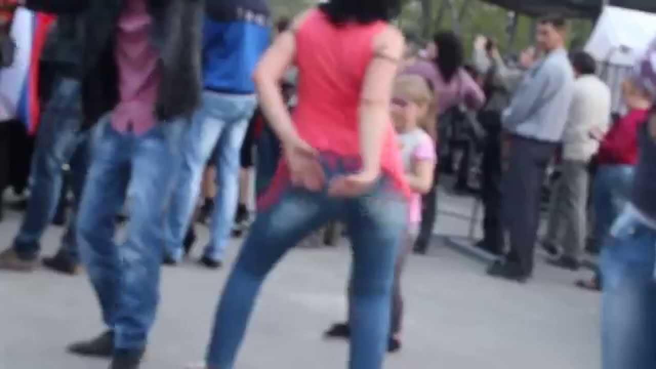 Девушки тресут жиром фото фото 361-251