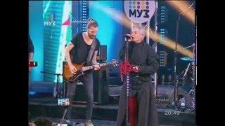"""Наргиз Закирова """"Беги"""". Партийная Зона МУЗ-ТВ. 24.04.2016"""