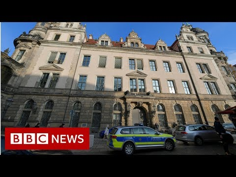 Thieves break into Dresden treasure museum - BBC News