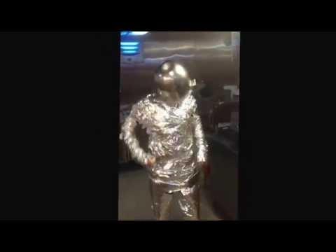 Robot dance offshore