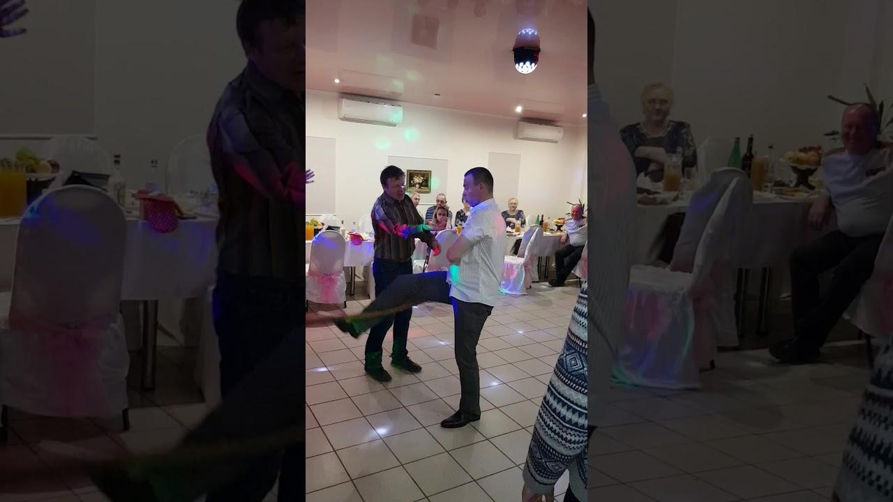 Танец стриптизера