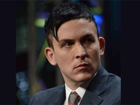 Actor Transforms Into The Penguin on 'Gotham'