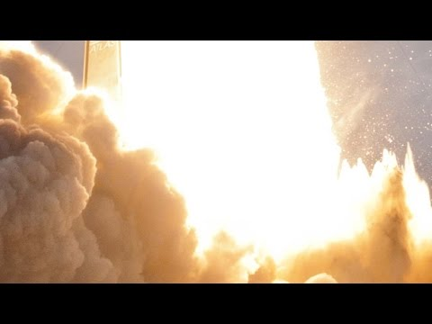 FEEL THE EARTH SHAKE! USAF launches huge, thunderous, super-impressive ATLAS V ROCKET!