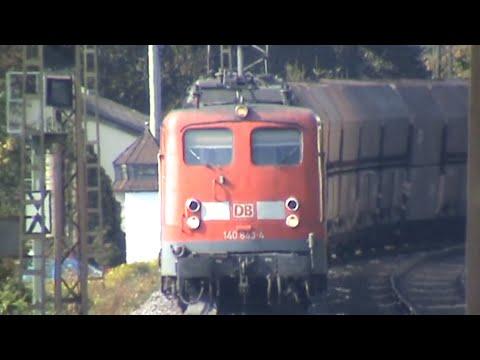 Züge und Schiffe bei Kamp Bornhofen am Rhein, Crossrail Class 66, 2x 140, 155, 185, 2x 143, 428