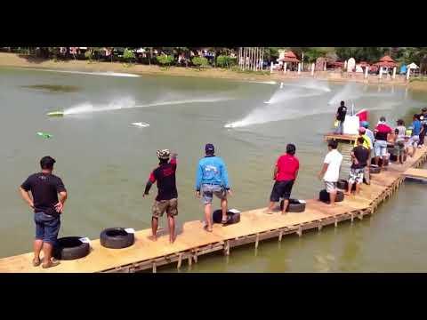 #11 Wacky Speed Boats